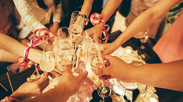 [패밀리트윈 객실] Party All Night _ Bridal Shower